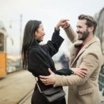 Een vrouw verliefd maken? 16 tips hoe je een vrouw verliefd maakt!